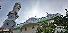 Mosque dome & minaret, source: Wikipedia